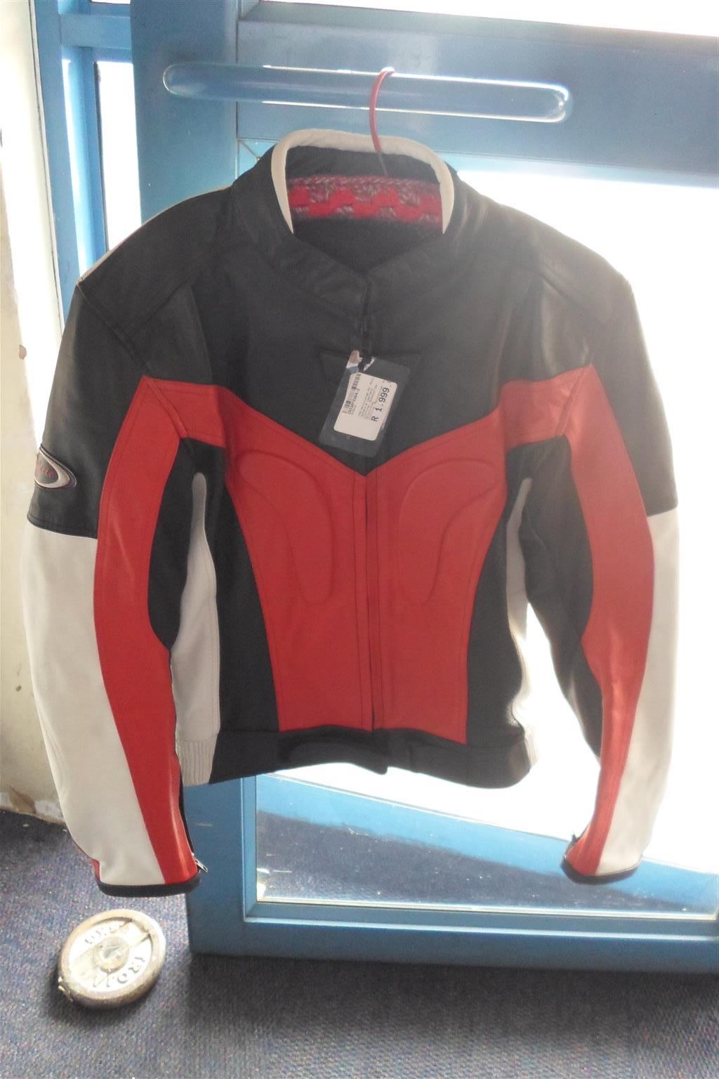 Size 44 Perfecto Racing Jacket