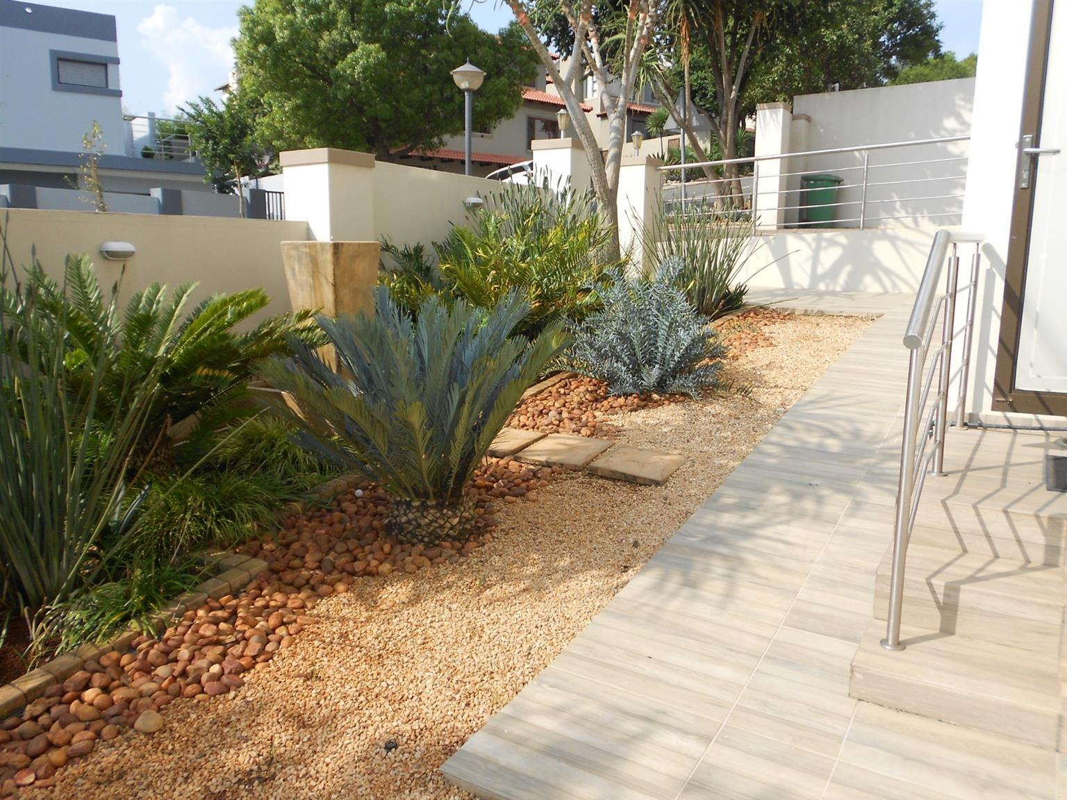 House For Sale in Ruimsig Country Estate