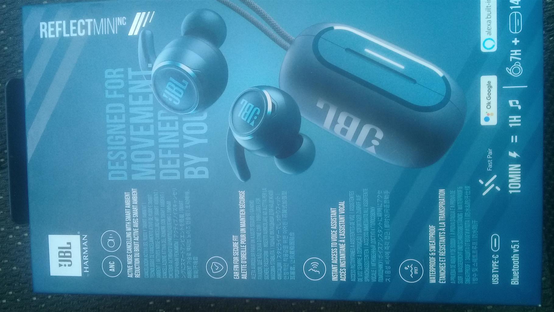 JBL REFLECTIVE MINI BLUTOOTH WATERPROOF EARBUDS