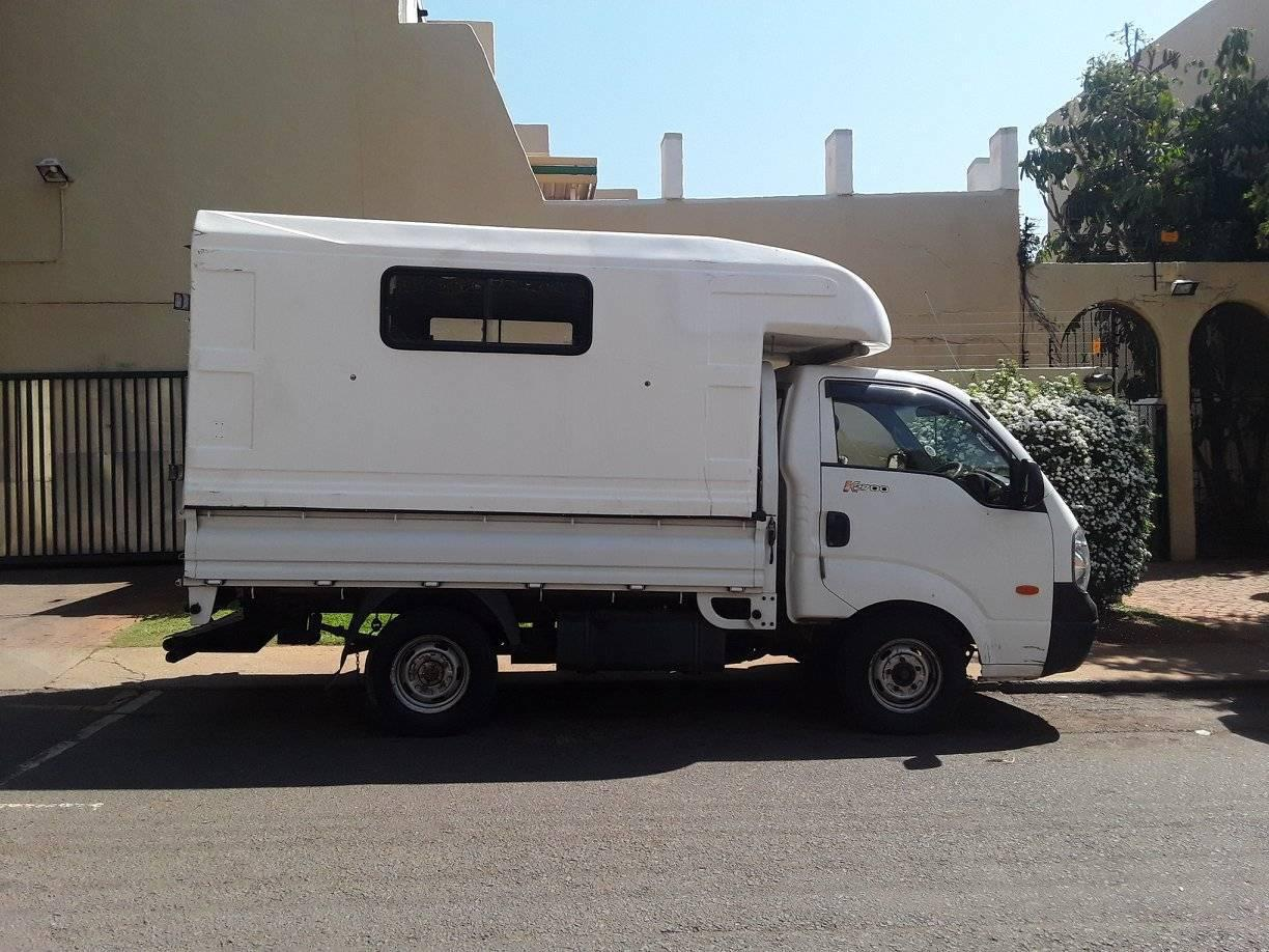 Truck for hire 1 tonne call