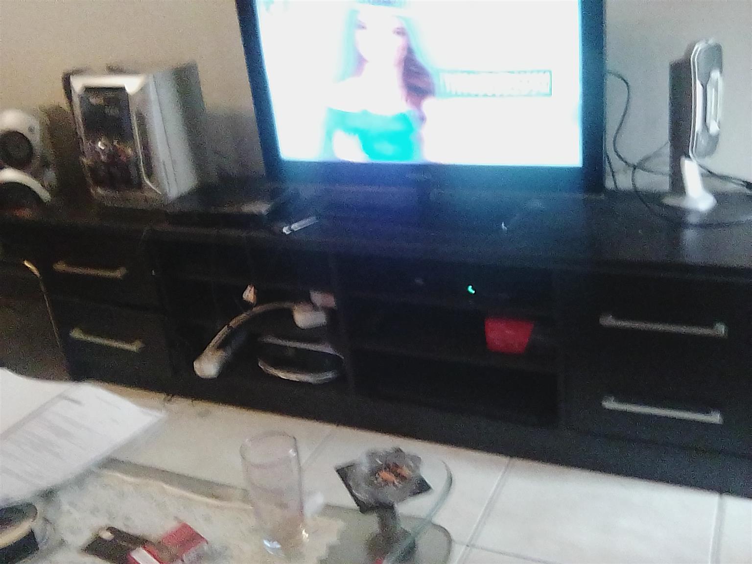 Samsung 32 inch flat screen HD