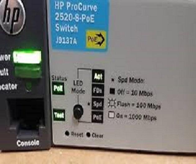 2 x Hp 2520-8 Poe Procurve Switch