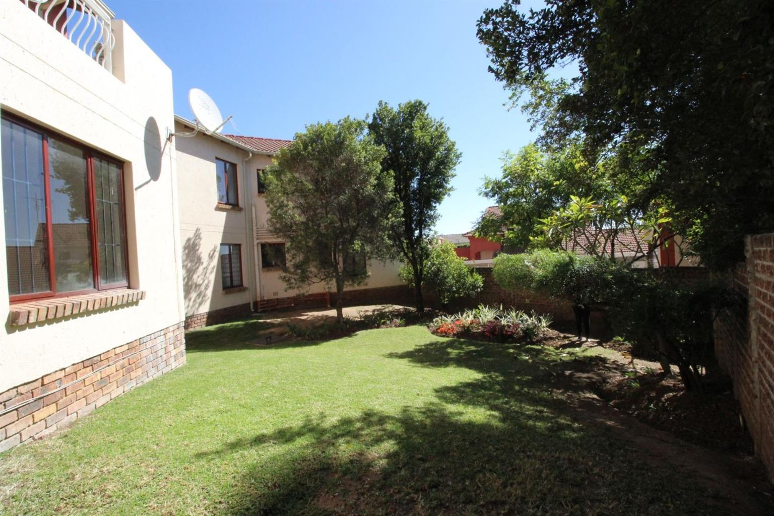Apartment For Sale in NORTH RIDING