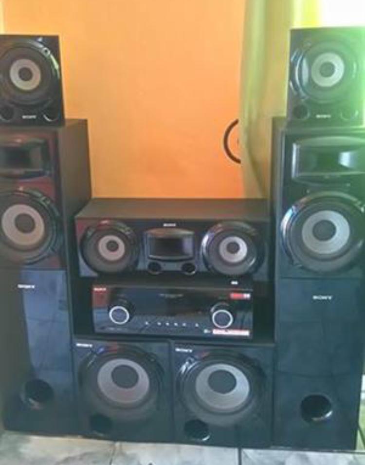 Sony Mgongo for sale