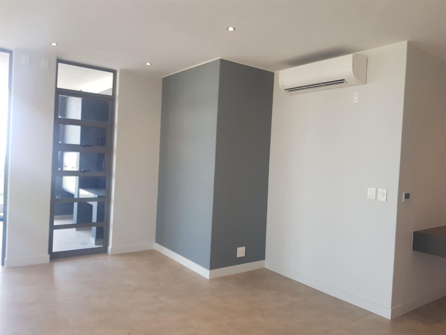 Penthouse Rental Monthly in ROSEBANK
