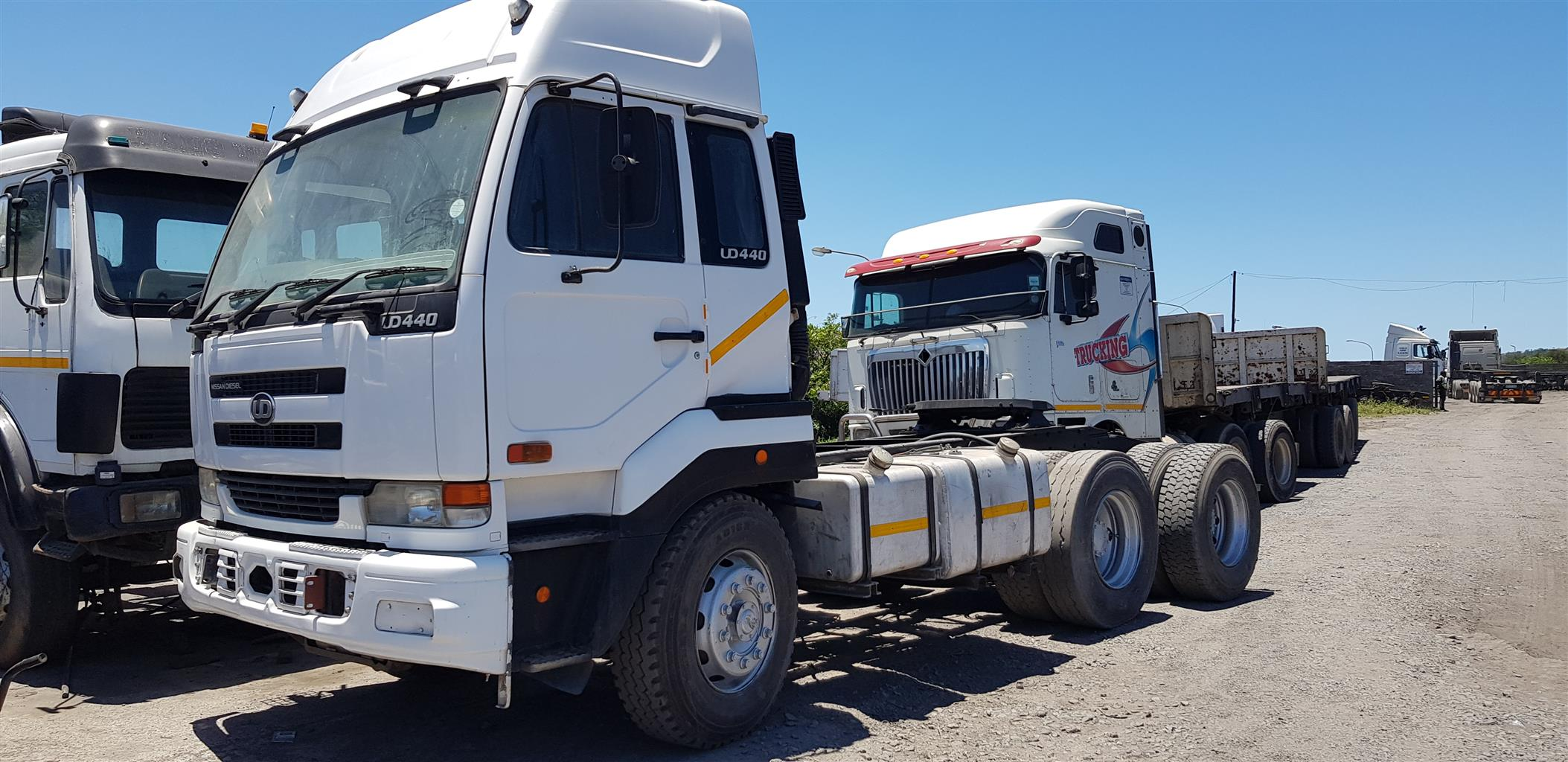 Nissan UD 440 Truck Tractor Negotiable