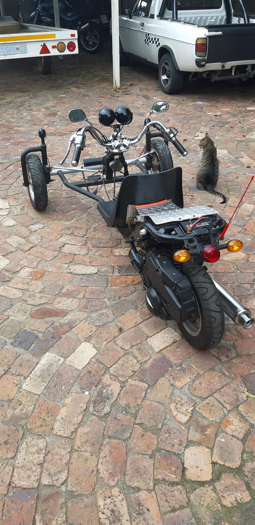 Go kart reverse trike