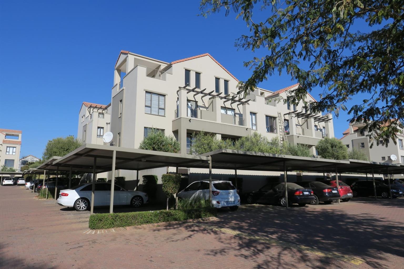 Apartment Rental Monthly in Paulshof