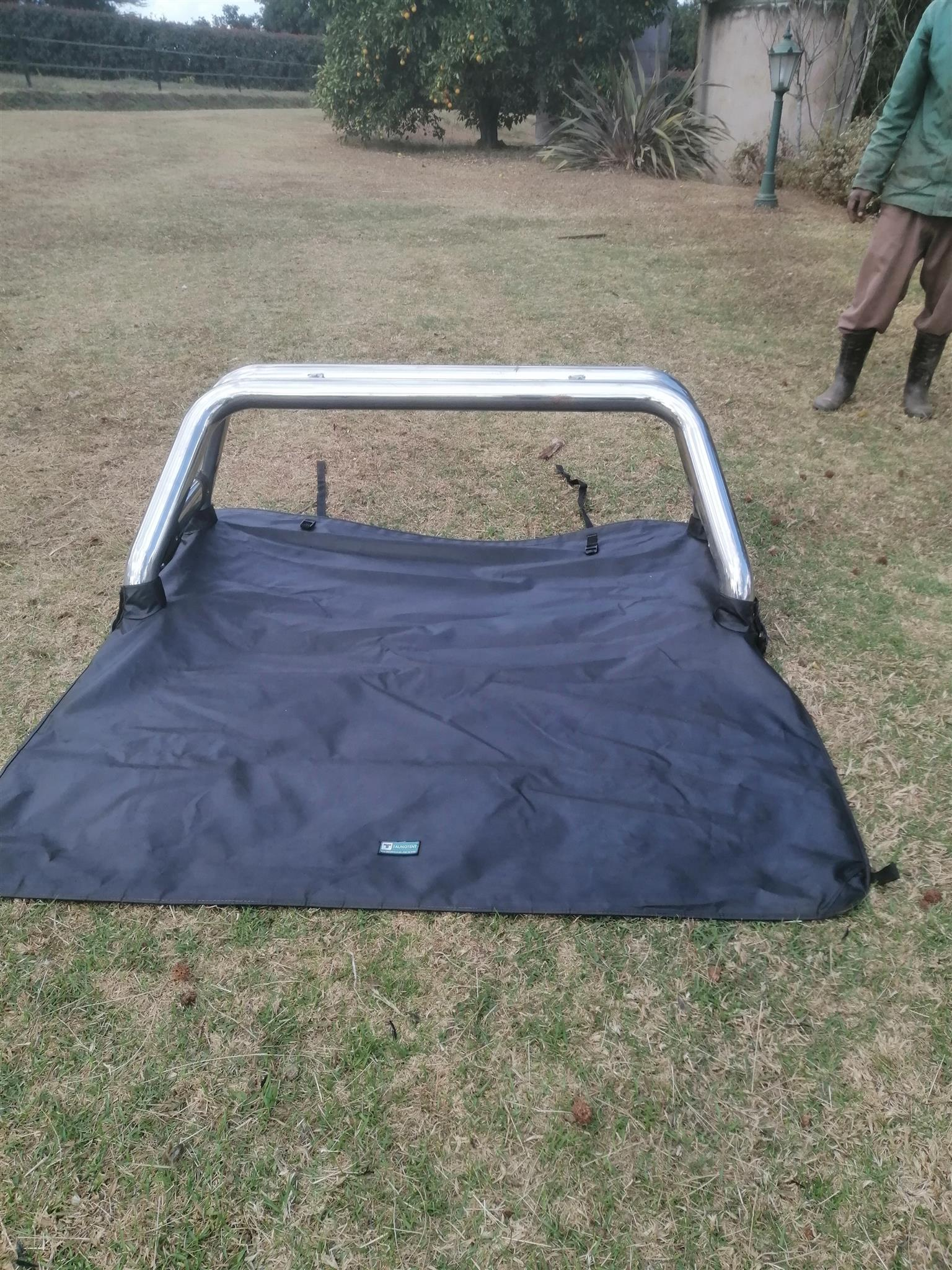 Roll bar and tourney cover