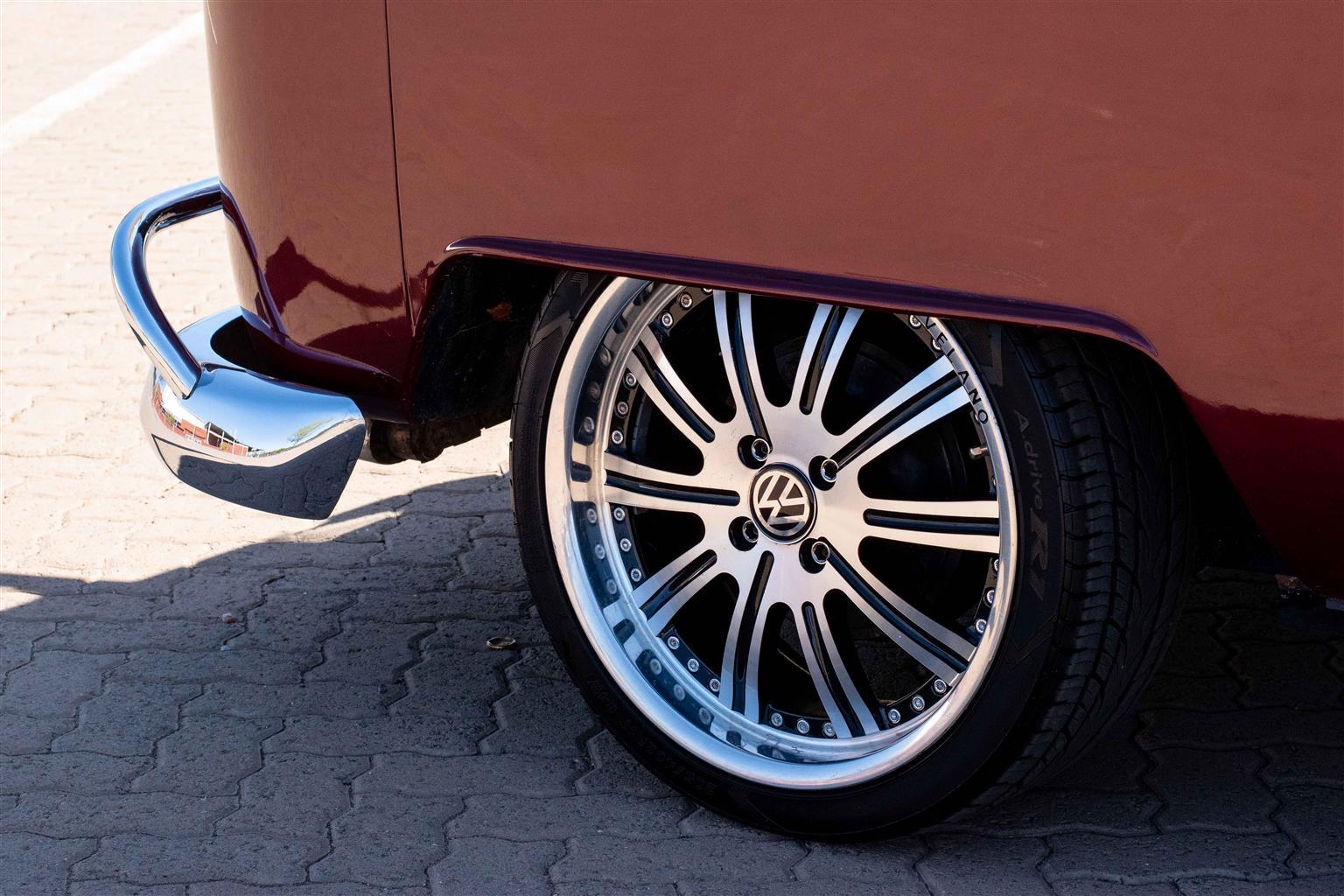 1975 VW Kombi 1.9TDI LWB