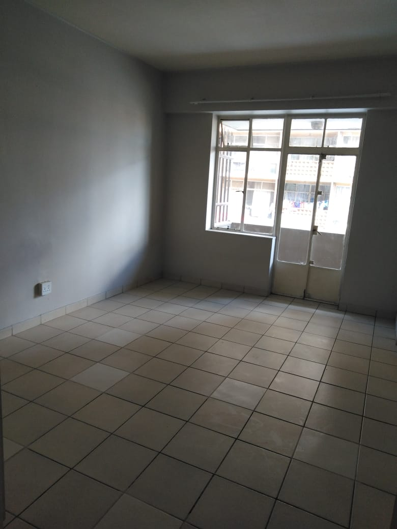 SAFE AND CLEAN FLATS TO RENT NEAR PARK STATION, JOHANNESBURG CBD