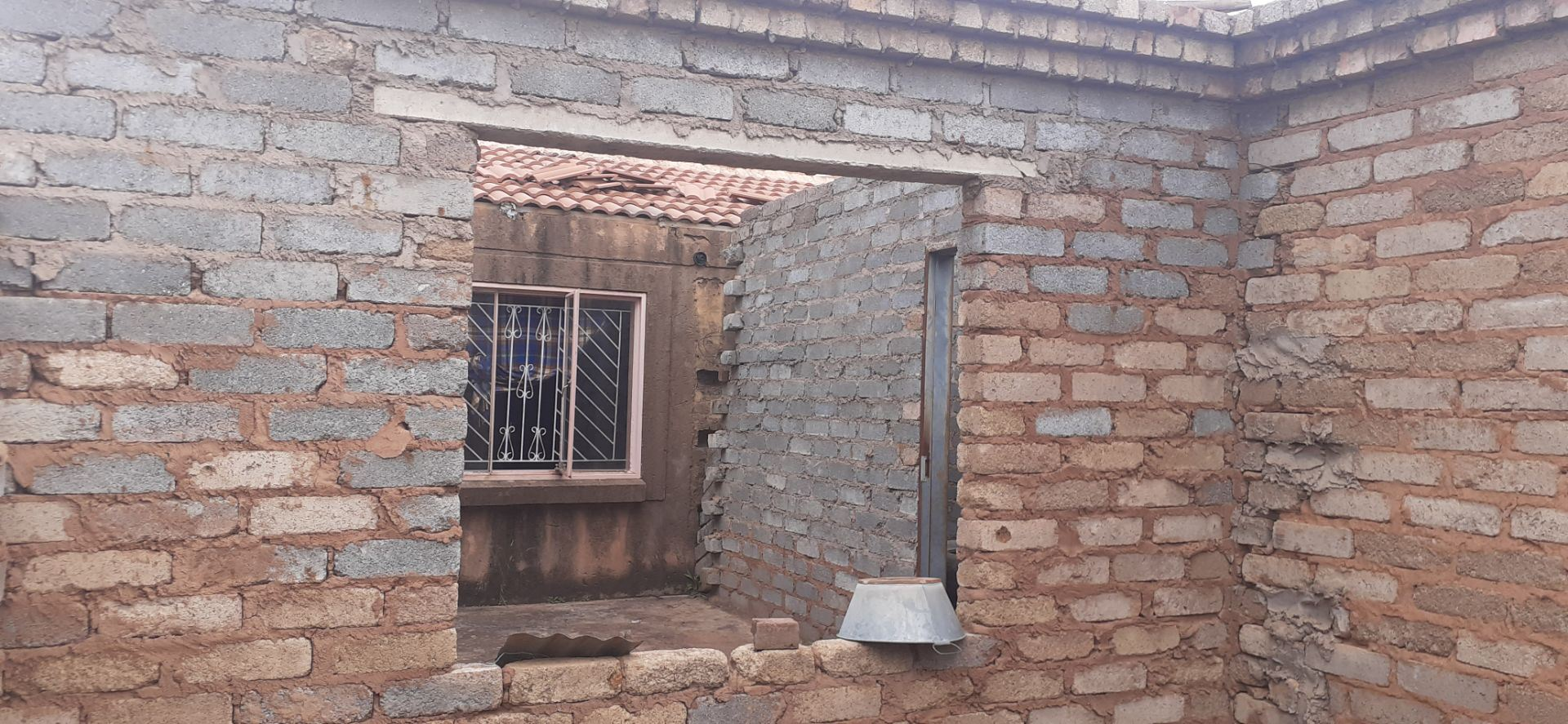 House For Sale in Soshanguve South