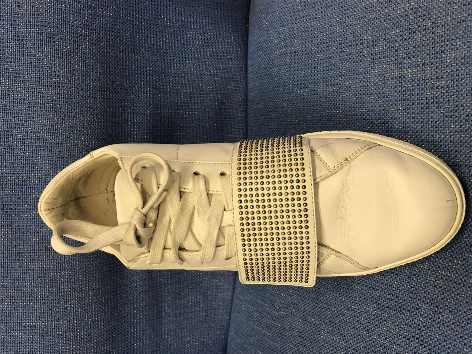 Versace sneakers in great size 7 condition