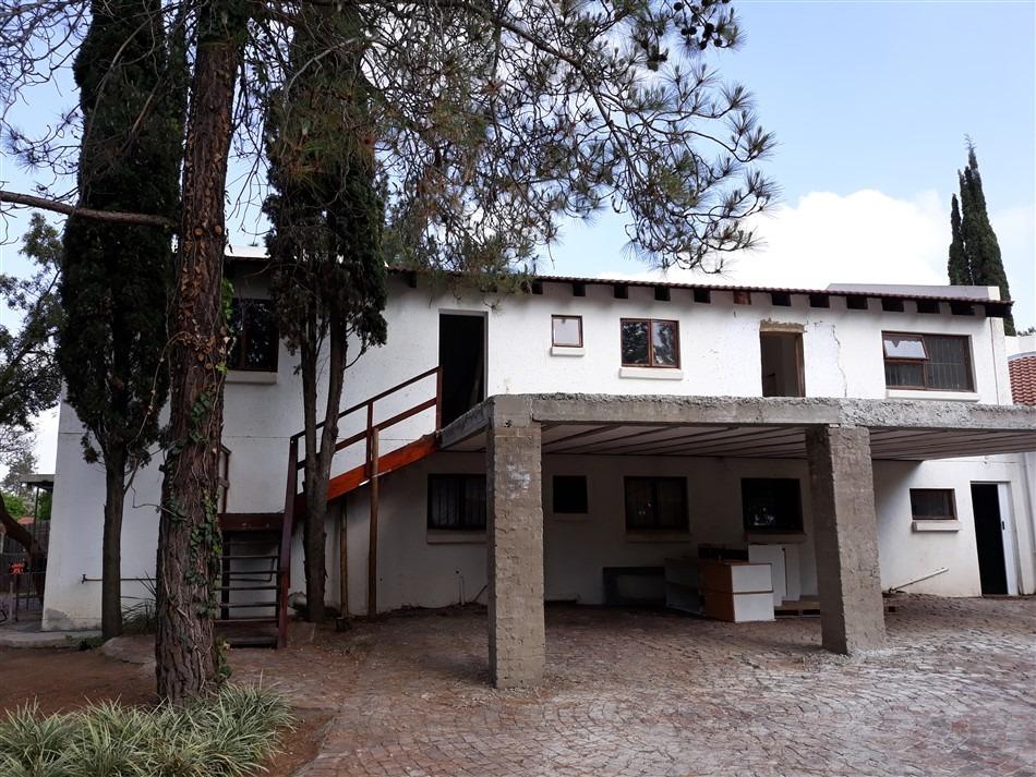 Townhouse For Sale in Paulshof
