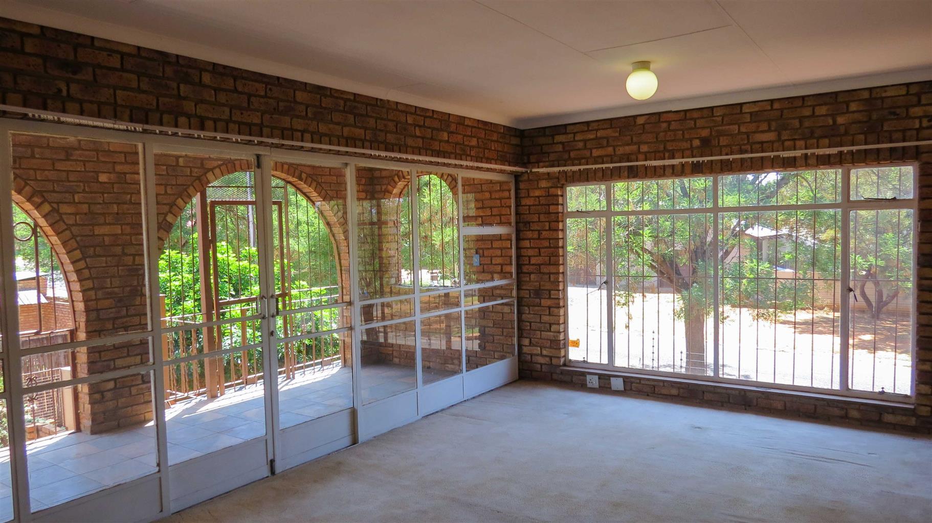 Huge 7 Bedroom INVESTMENT House for sale, Waverley