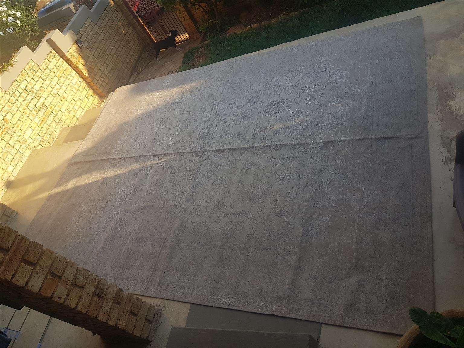 300x400 Natural Grey Rug