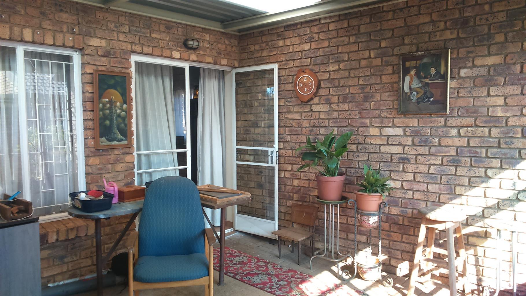 2 Slaapkamer meenthuis te koop in \'n aftree-oord | Junk Mail