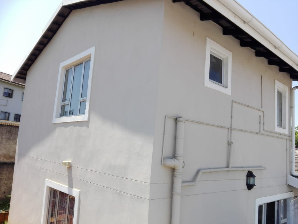 4 BEDROOM FREESTANDING HOUSE WITH ENDLESS POSSIBILITY FOR SALE IN SUNFORD