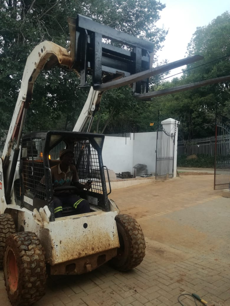 FORKLIFT ATTACHMENT FOR BOBCAT SKIDSTEER FOR SALE