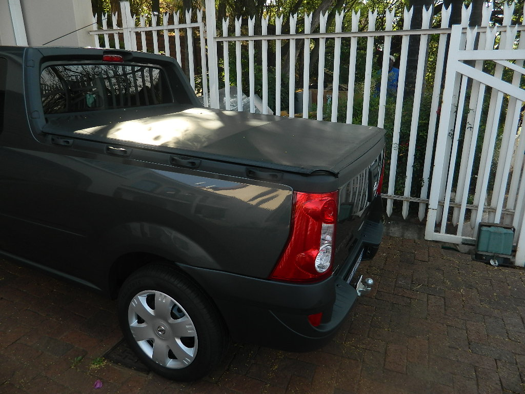 2017 Nissan NP200 1.6i Stealth
