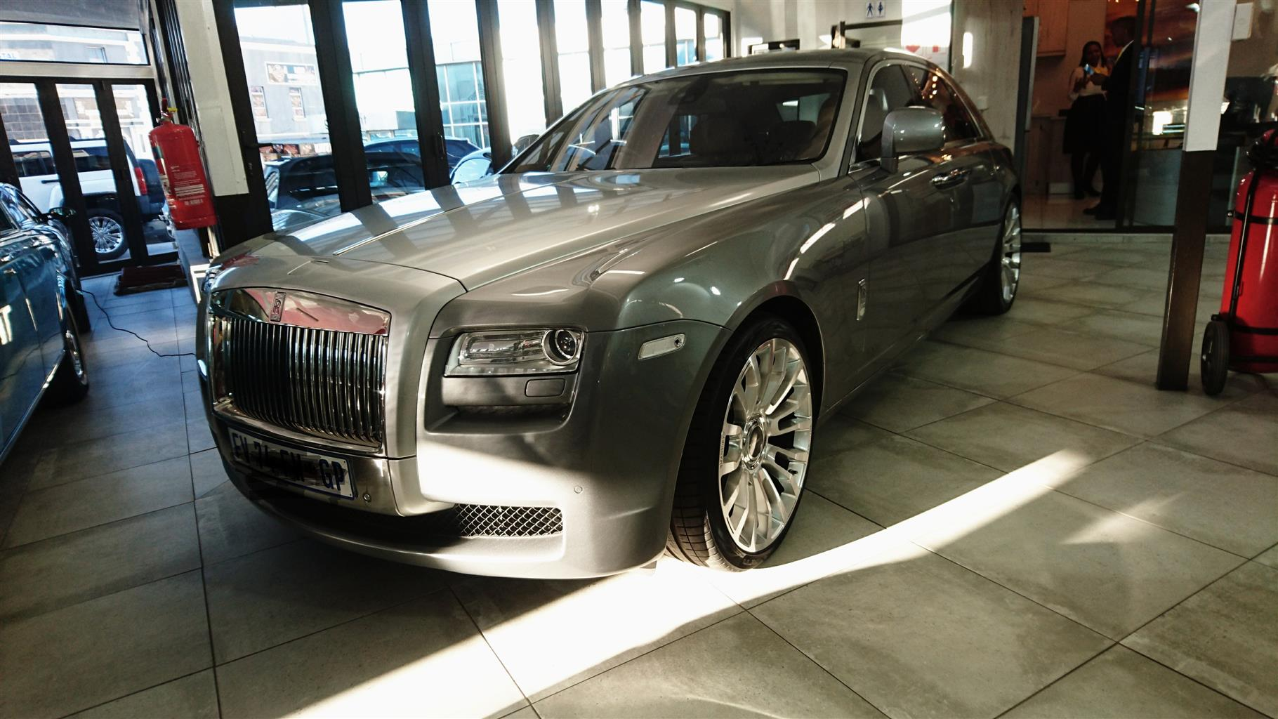 2012 Rolls Royce Ghost Extended Wheelbase Junk Mail