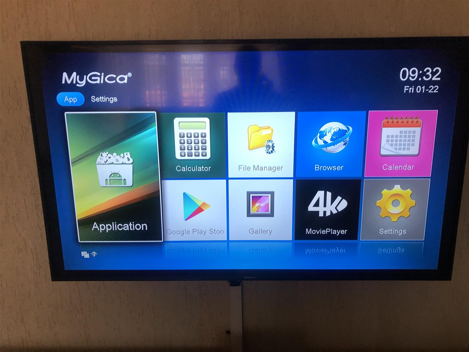 """Used """"My Gica"""" android box. Comes loaded with Netflix, DSTV NOW and sport& movie channels"""