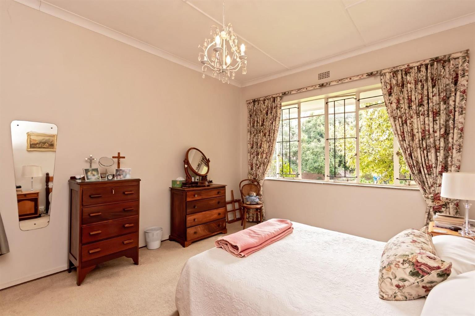 House For Sale in Bramley
