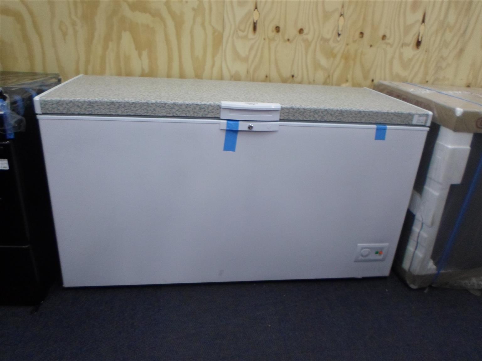 Defy DMF 464 Chest Freezer