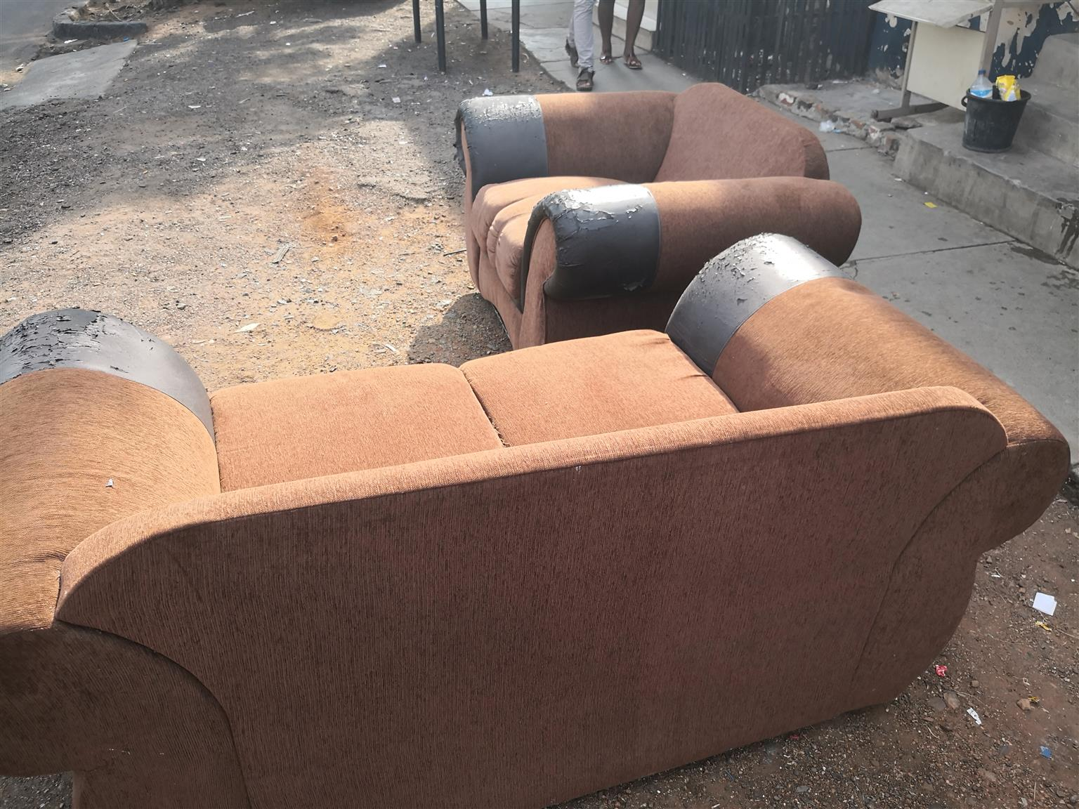 2 piece seater couches