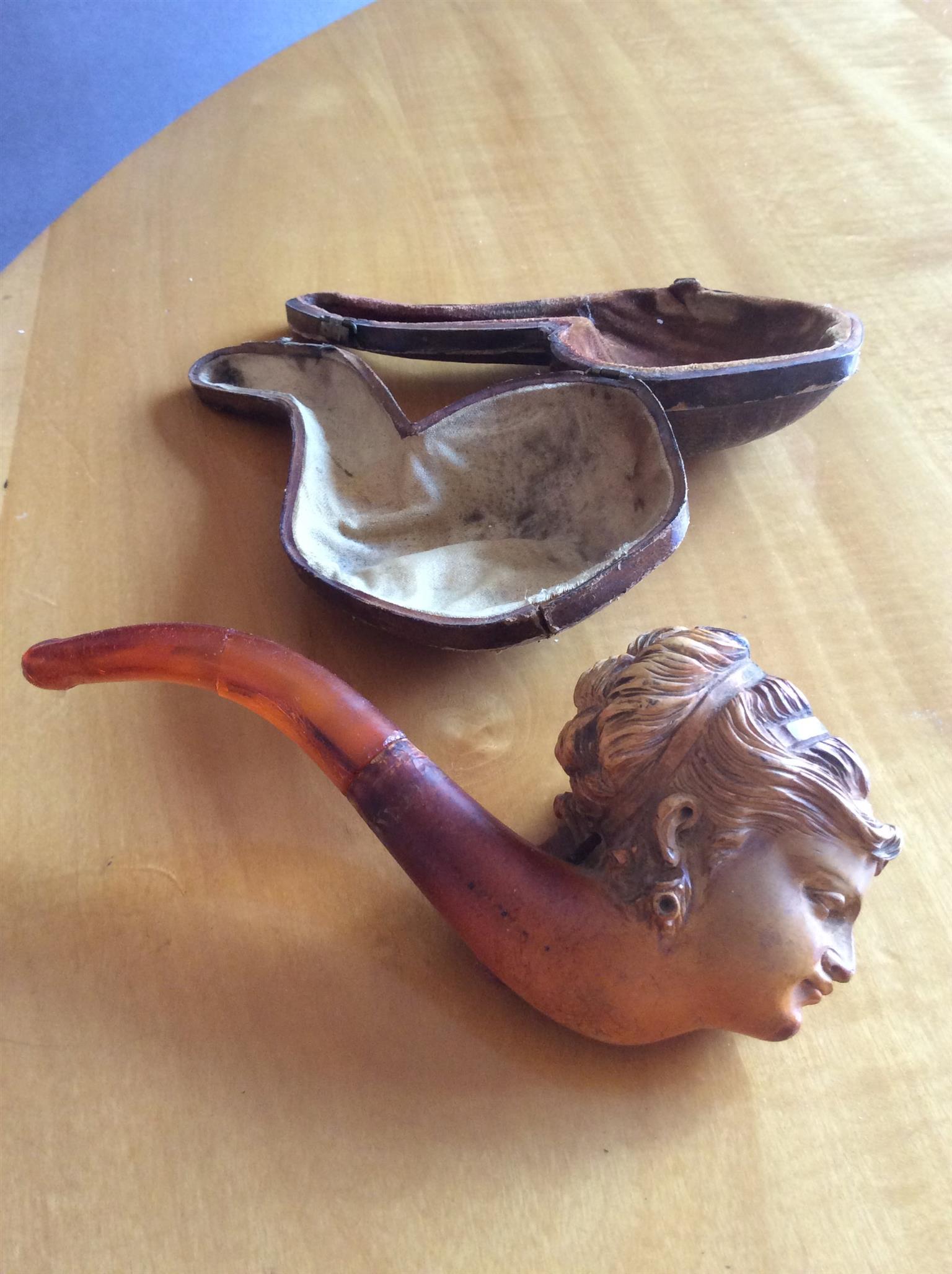 Genuine Meerschaum Pipe & Case