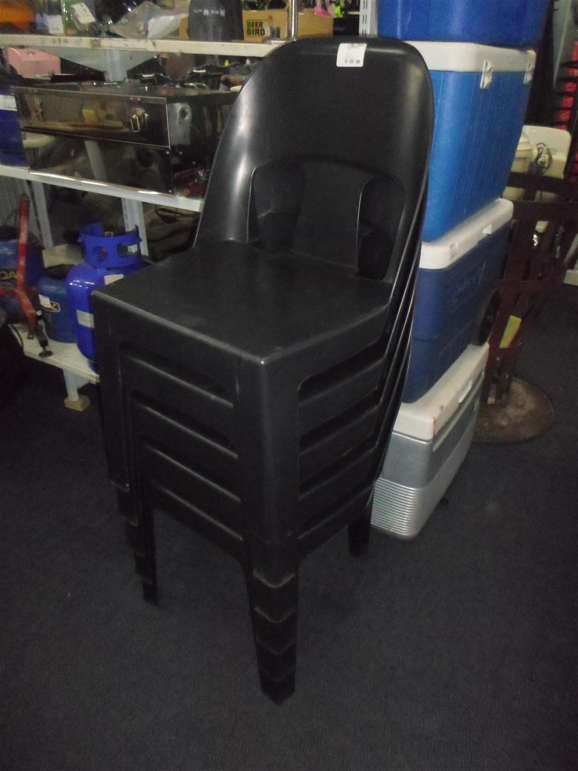 5x Plastic Chairs - C033046446-6