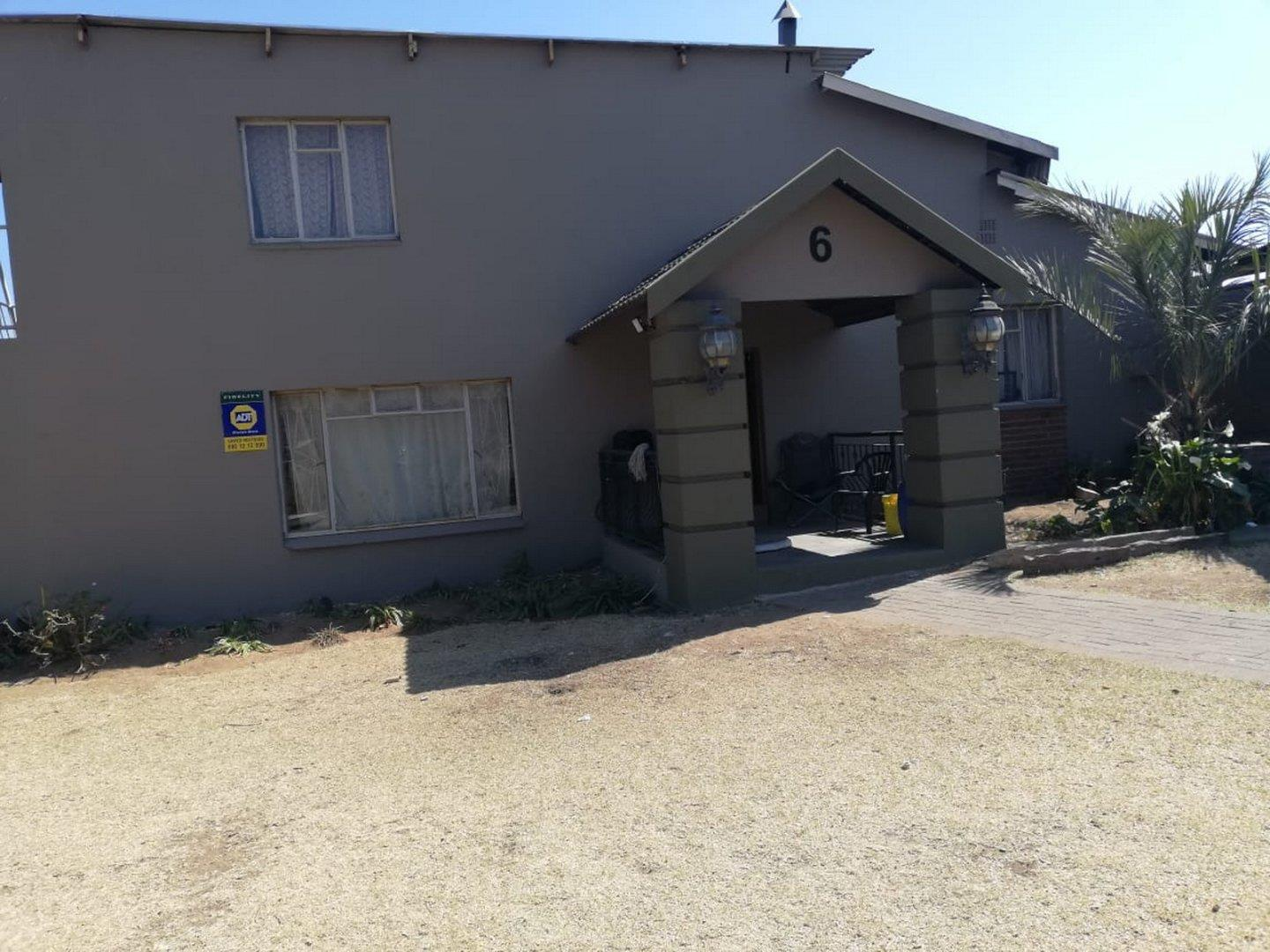 House For Sale in Witbank Ext 41