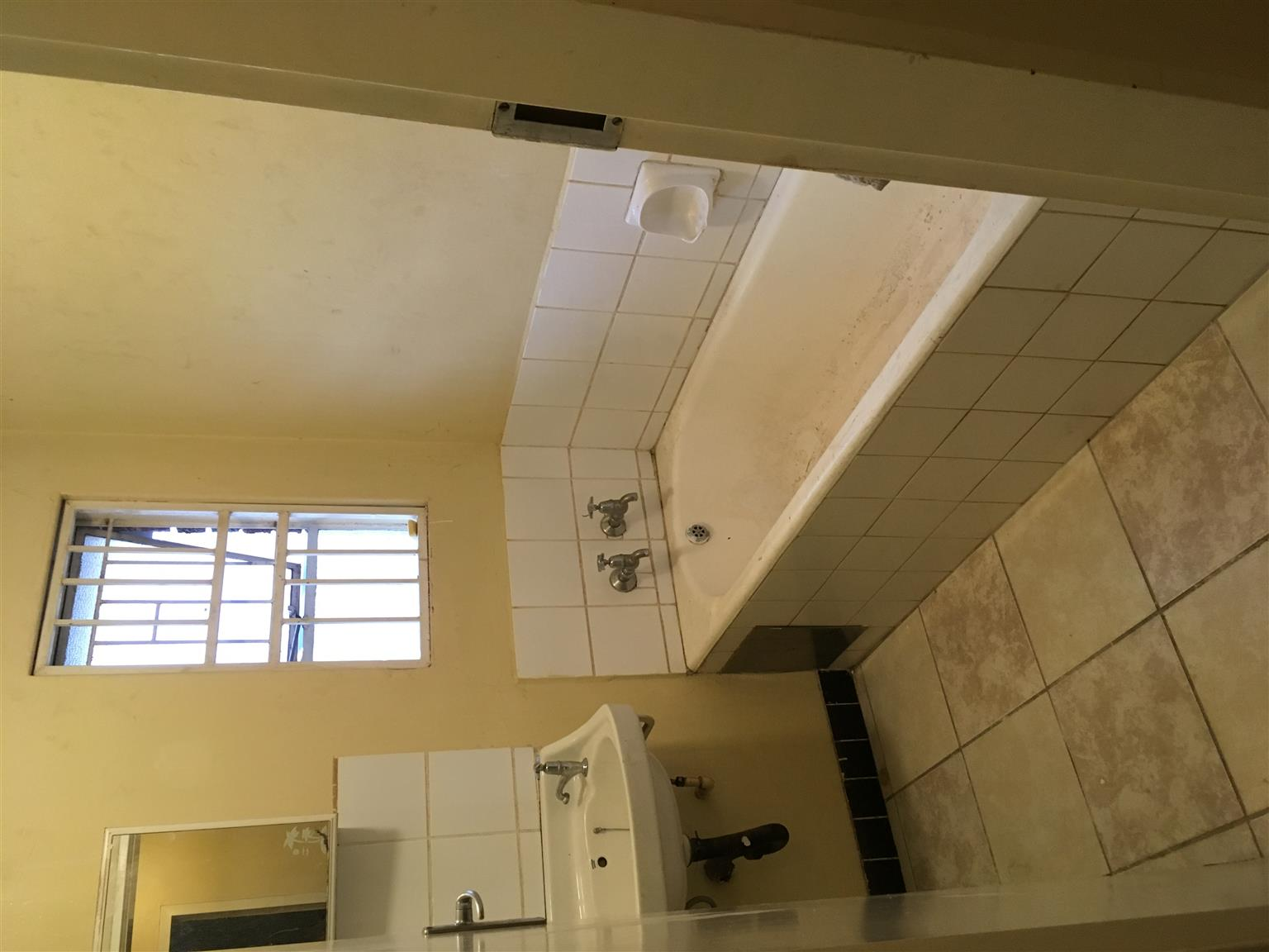 Spacious 2 bed room house