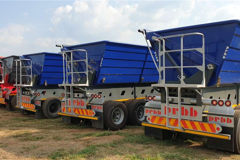 34 TON SIDE TIPPER TRUCKS AND TRAILERS FOR HIRE