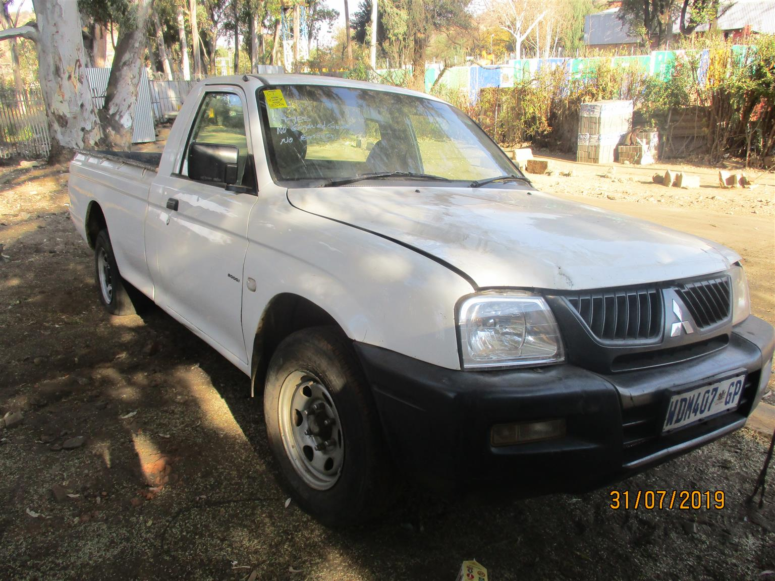 MITSUBISHI COLT STRIPPING FOR SPARES