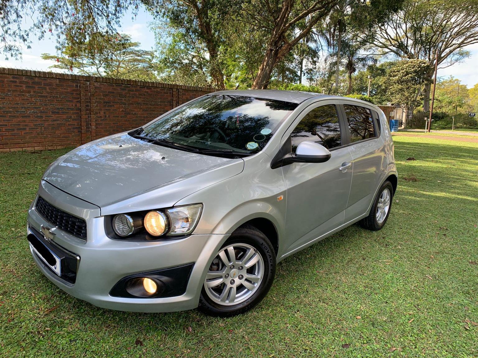 Chevrolet Sonic 1.6 2012