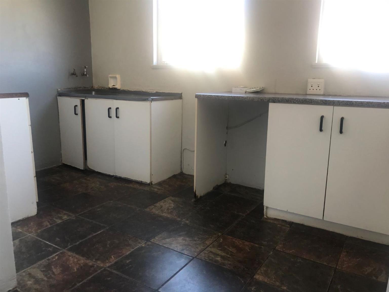 Flat For Sale in ALGOAPARK
