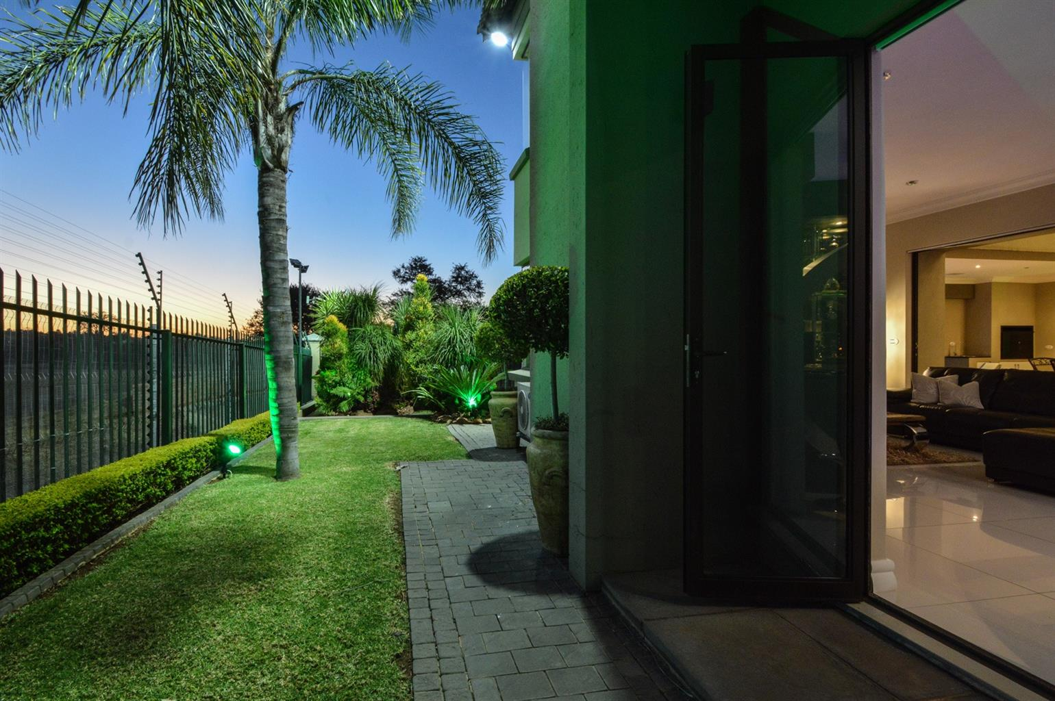 House For Sale in Ruimsig