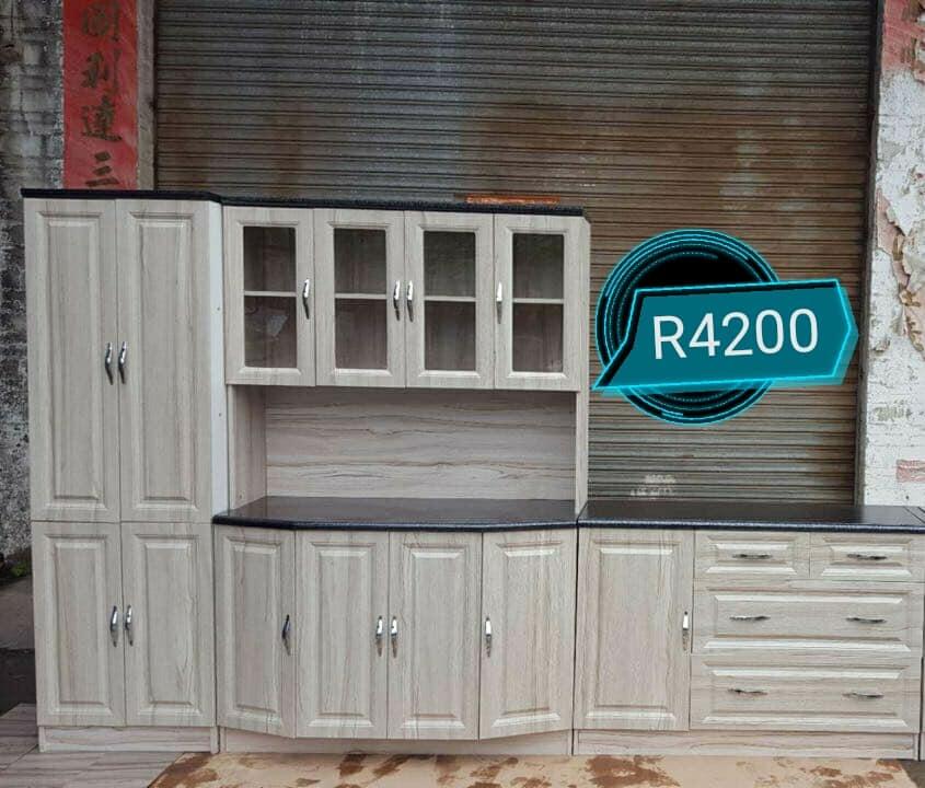 White large kitchen unit for sale