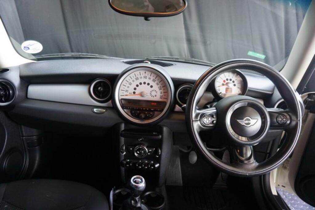 2011 Mini Hatch 3-door MINI ONE 1.5T
