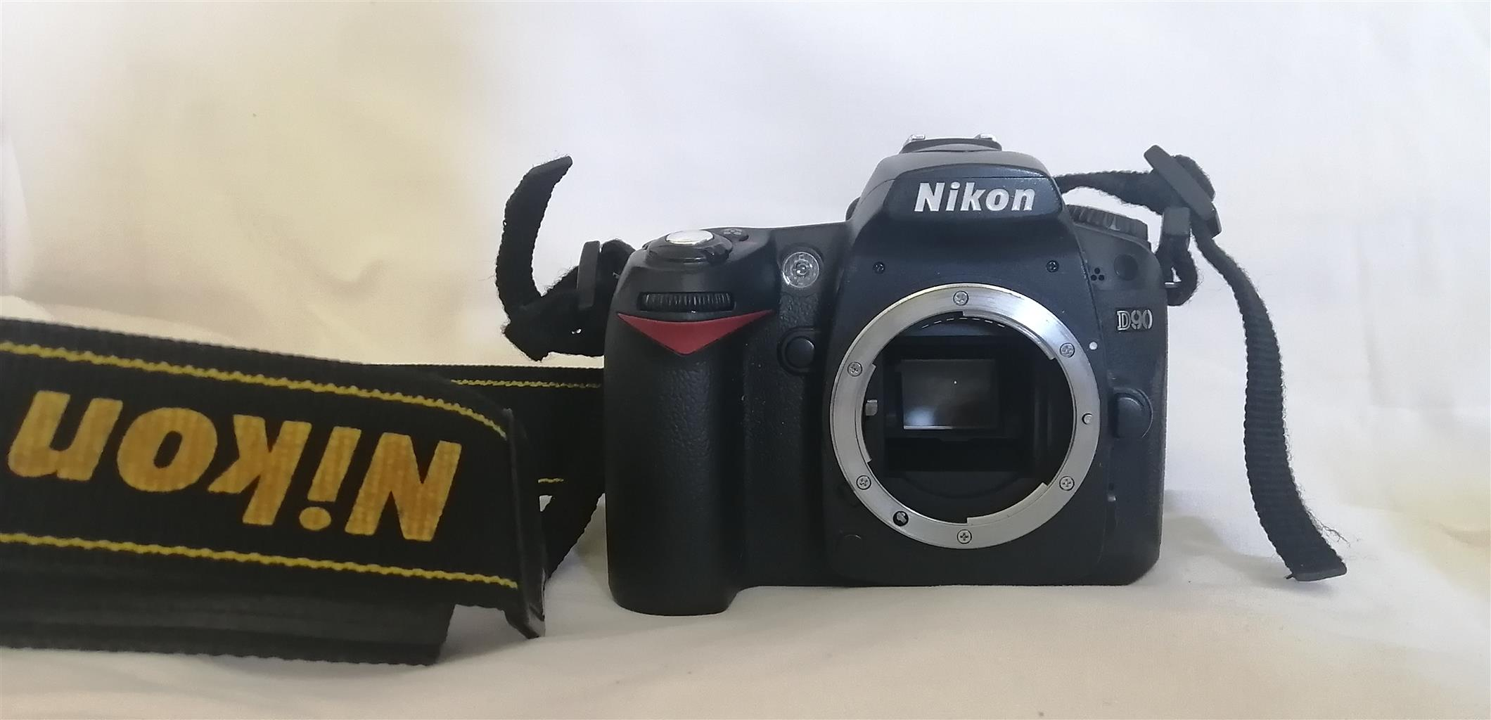 Nikon D90 with 3 standard lenses and accessories