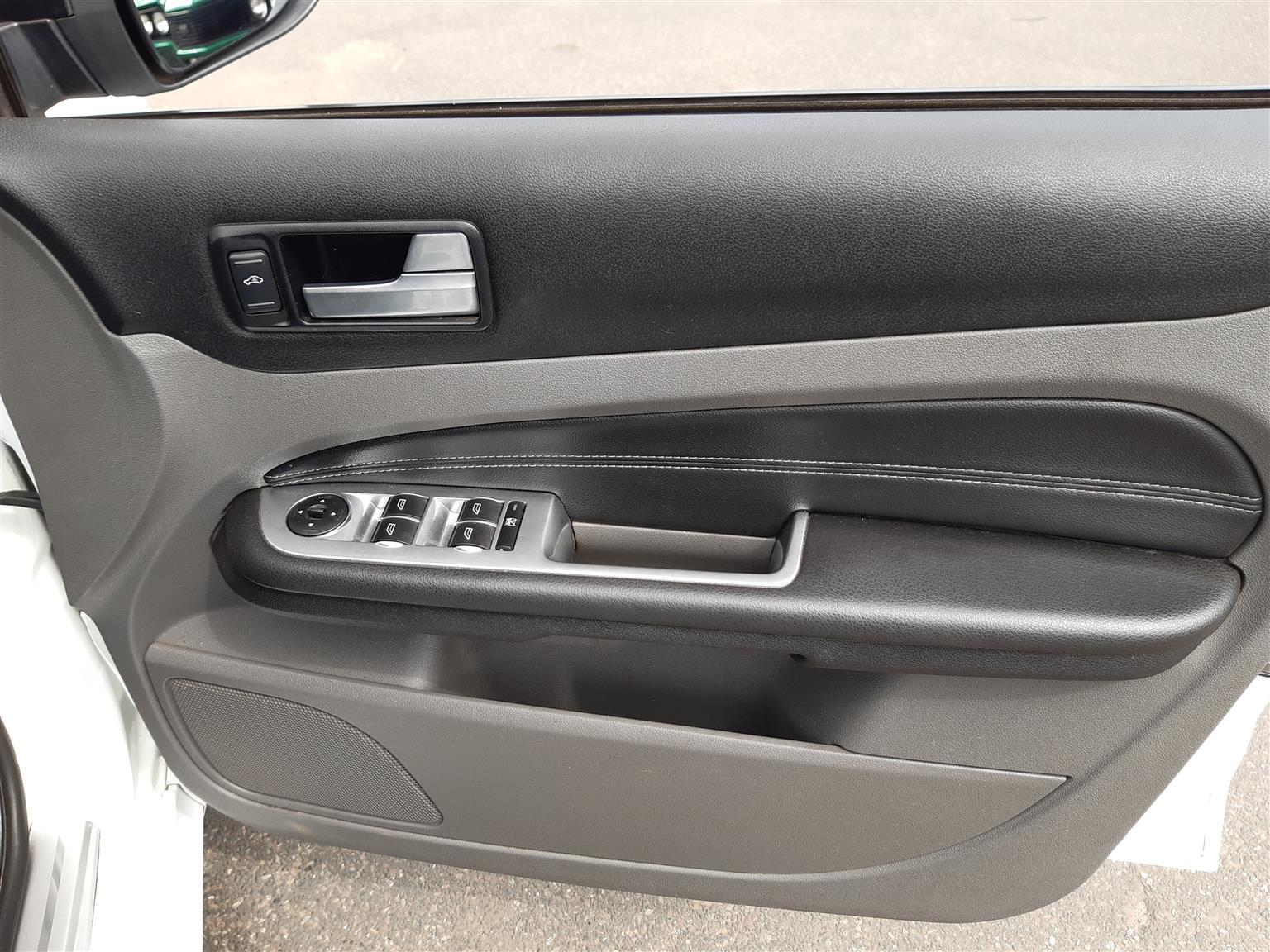 2010 Ford Focus hatch 3-door FOCUS 2.5 ST 3Dr