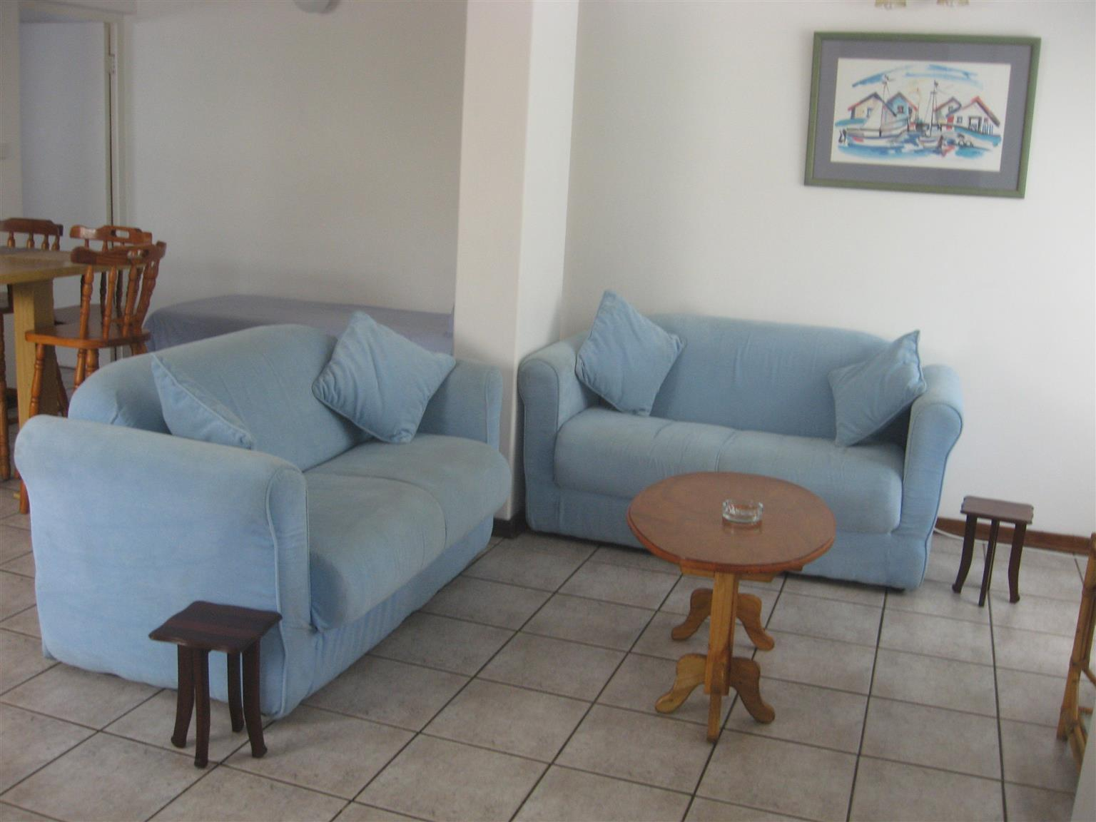 SPACIOUS 2 BEDROOM FURNISHED FLAT FROM R2500 PER WEEK SHELLY BEACH, UVONGO, ST MICHAELS-ON-SEA