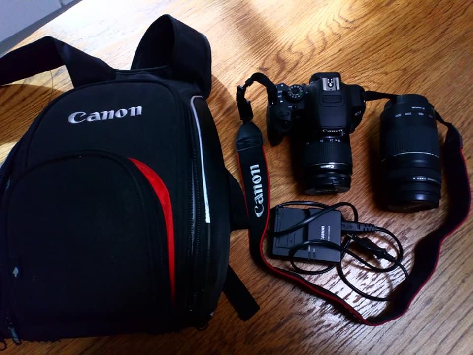 Canon EOS700D kamera met 2 lense 75-300 en 18-55