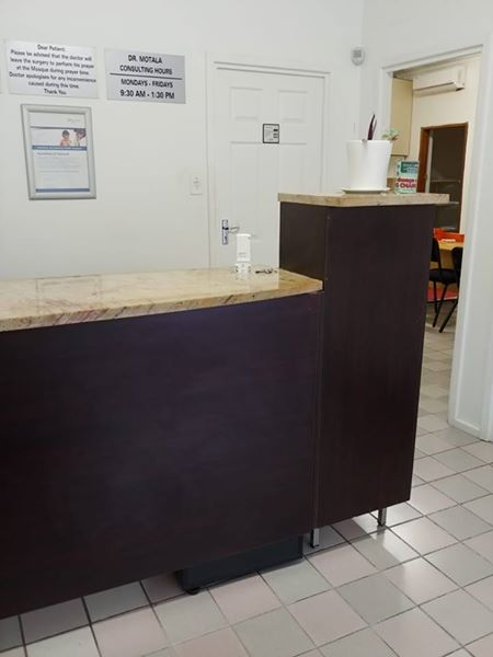 hot sale online 69f9a b1f20 Wooden reception counter for sale | Junk Mail