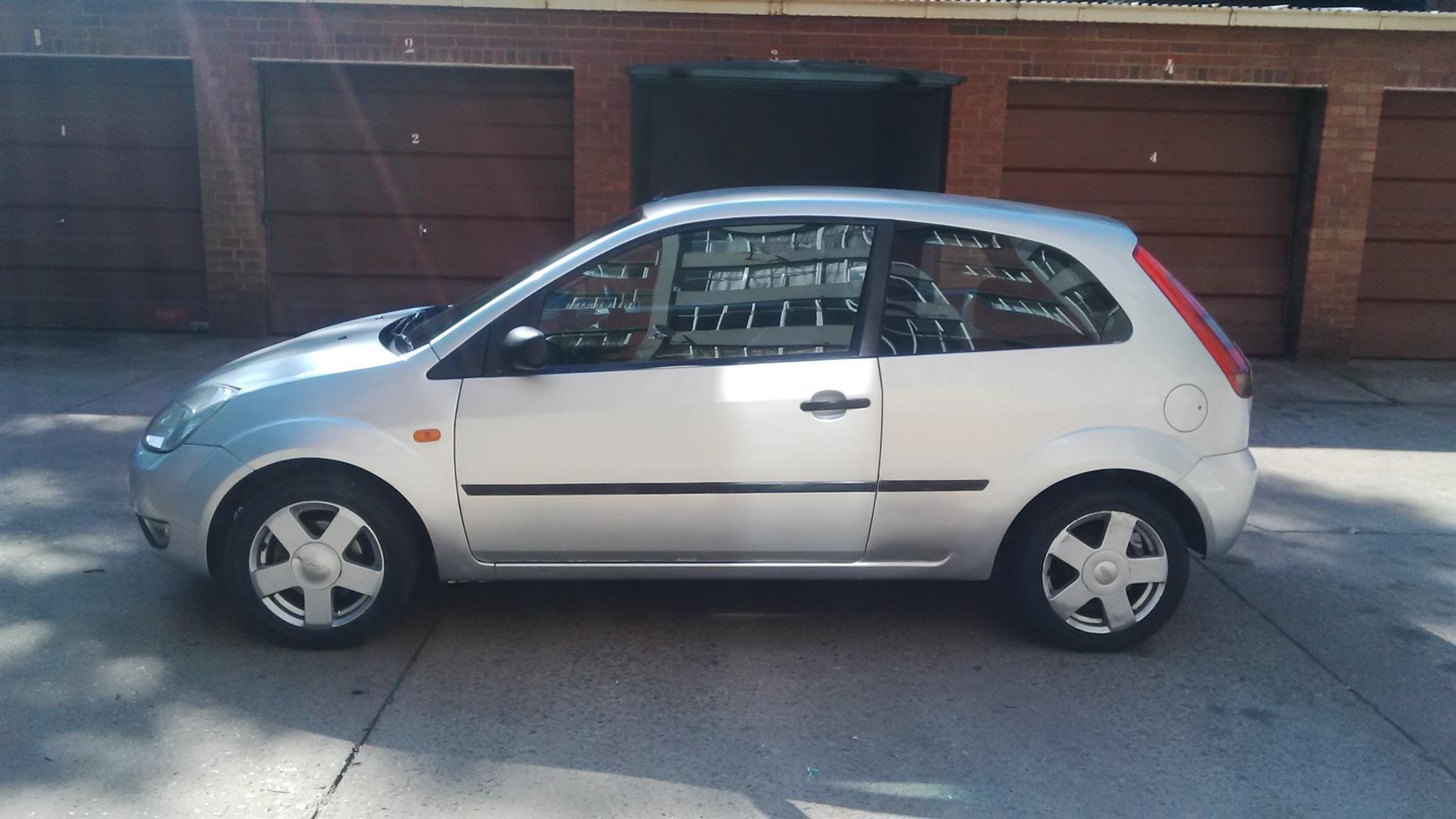 2004 ford fiesta 1 6 3 door titanium