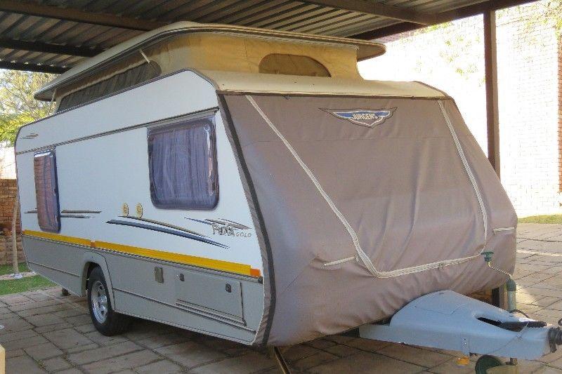 2004 Penta Gold 105 of 150 Limited Edition Caravan