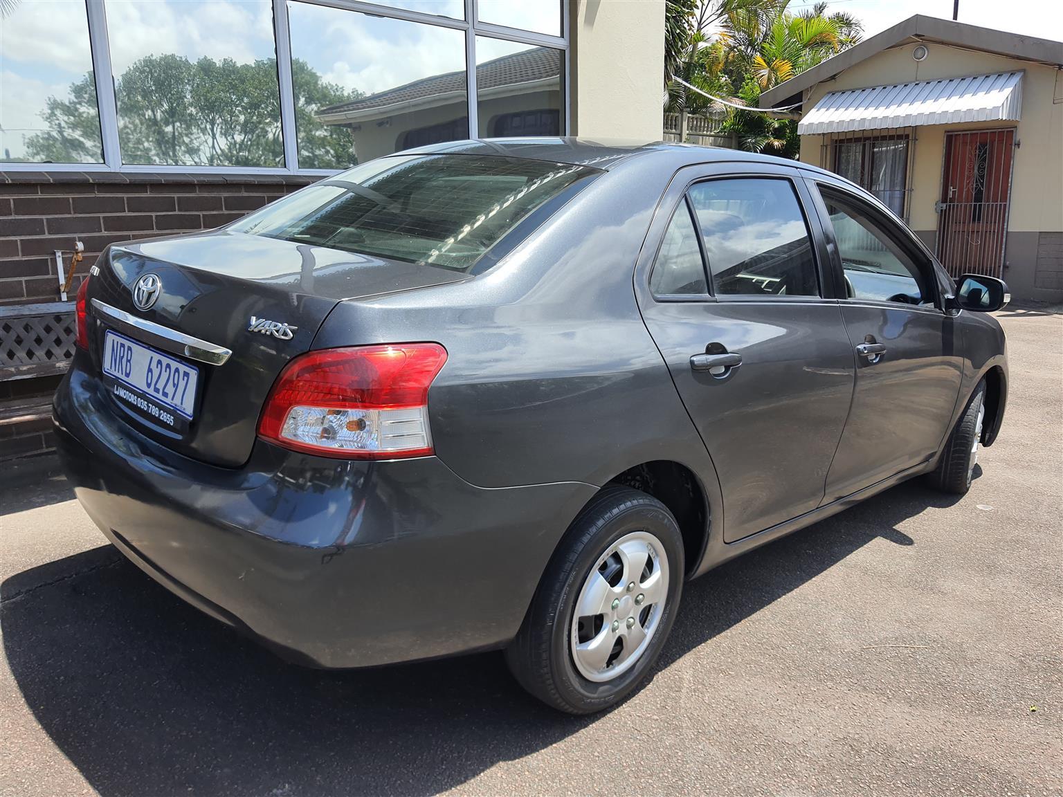 2010 Toyota Yaris 1.3I, Automatic