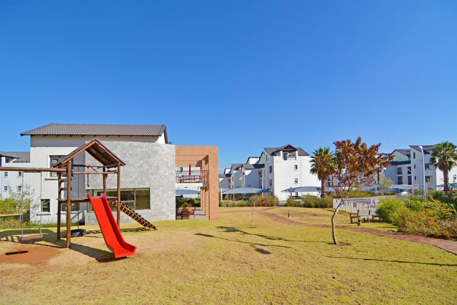 Apartment For Sale in FOURWAYS