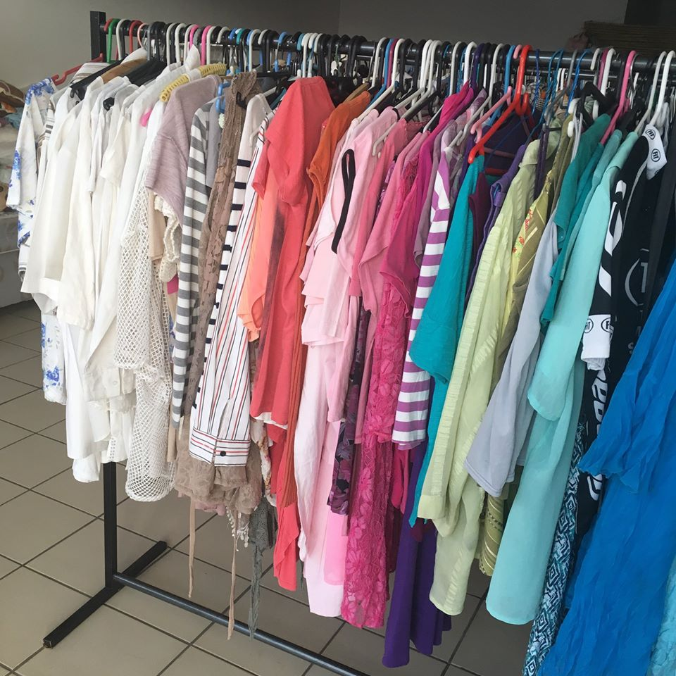 BULK CLOTHING FOR SALE AT VERY GOOD PRICES!!!